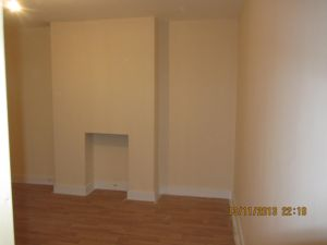 3 Bedroom Flat to rent in Mayfield Road, Thornton Heath, Croydon, CR7