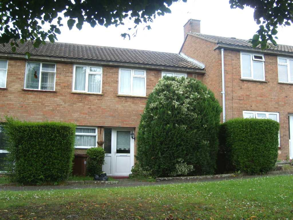 Garden Avenue, Hatfield, AL10