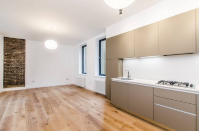 2 Bedroom Apartment to rent in Jamestown Road, Camden, London, NW1