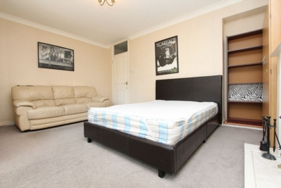 Double Room to rent in Bath Terrace, Elephant and Castle, London, SE1