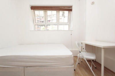 Double room - Single use to rent in Milstead House, Pembury Rd., Clapton, London, E5