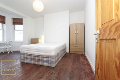 Double Room to rent in Milstead House, Pembury Rd., Clapton, London, E5