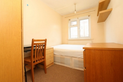 Double room - Single use to rent in Rockingham, Elephant and Castle, London, SE1