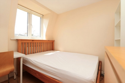 Ensuite Single Room to rent in 74 Redmans Road, Stepney Green, London, E1