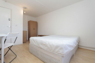 Double Room to rent in Meredith Street, West Ham, London, E13