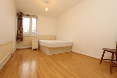 Double room - Single use to rent in Dethick Court, Ford Road, Bow, London, E3