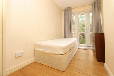 9 Bedroom Double room - Single use to rent in Hammond Court, Leyton, London, E10