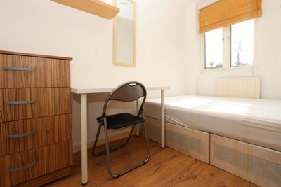 Double room - Single use to rent in Fellows Court, Weymouth Terrace, Hoxton, London, E2