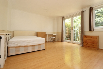 Double Room to rent in Jupp Road West, Stratford, London, E15