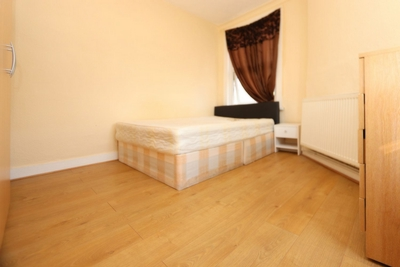 Double room - Single use to rent in Stroudley Walk, Bow, London, E3