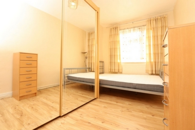 Double room - Single use to rent in Geffrye Court, Geffrye Estate, Hoxton, London, N1
