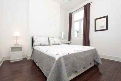 Double room - Single use to rent in Manchester Road, Canary Wharf, London, E14