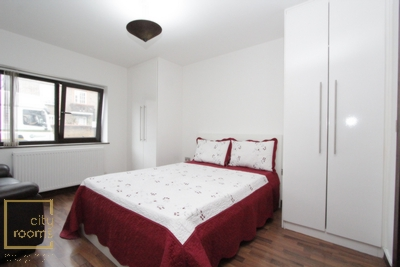 Ensuite Double Room to rent in Tara House,4 Deptford Ferry Road, Mudchute, London, E14