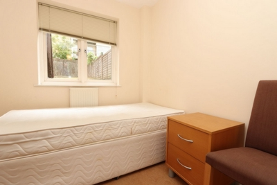 Single Room to rent in Jamestown Way, Canary Wharf, London, E14
