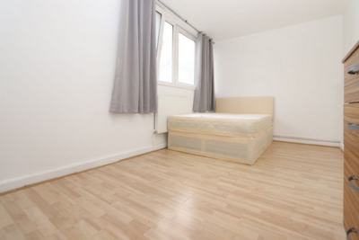 Double room - Single use to rent in Regents Court,Pownall Road, Haggerston, London, E8